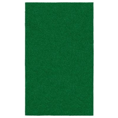 Evergreen Collection 3 ft. 11 in. x 6 ft. 6 in. Artificial Grass Carpet