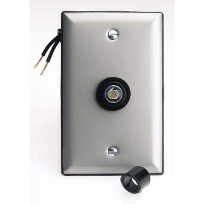 300-Watt Photo Eye Lighting Control with Face Plate