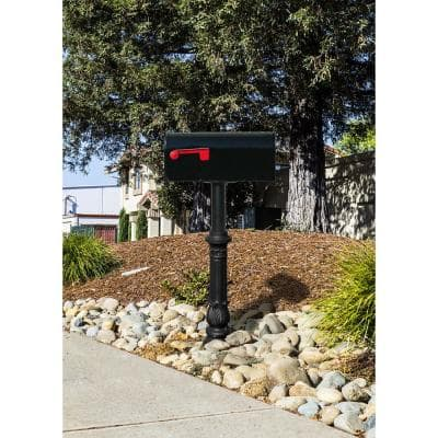 Hanford Single Black Post System Non-Locking Mailbox with Ornate Base and E1 Economy Mailbox