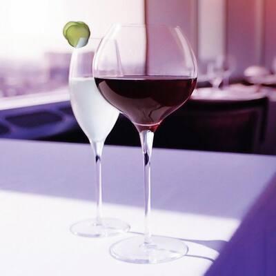 Signature Westbury 23.5 oz. Red Wine Glass Set (4-Pack)
