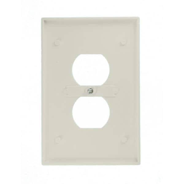 Leviton 1 Gang Jumbo Duplex Outlet Wall Plate White R52 88103 00w The Home Depot