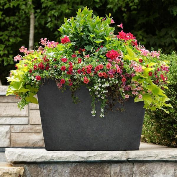 Tierra Verde Sonata 20 In H X 28 In W Rectangle Slate Rubber Self Watering Trough Planter Mt5100372cm The Home Depot