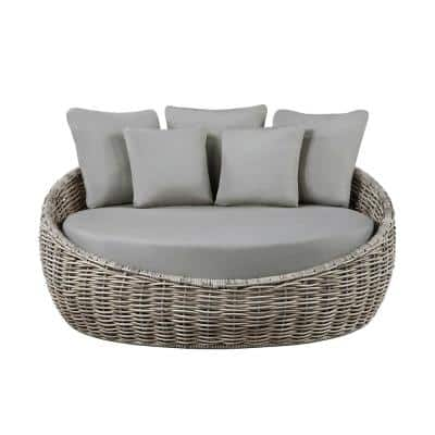 Toreno 1-Piece Wicker Outdoor Daybed with Gray Cushions