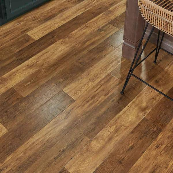 Pergo Outlast 6 14 In W Lawrence, Pallet Of Laminate Flooring