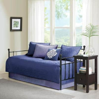 Mansfield 6-Piece Reversible Daybed Bedding Set