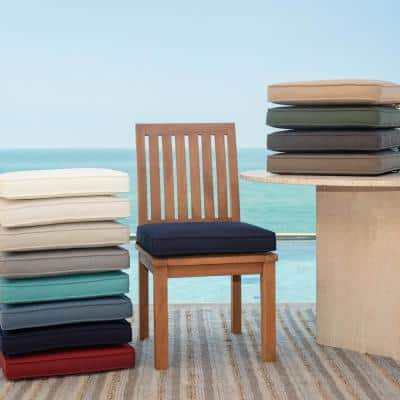 Oasis 15 in. x 17 in. Rectangle Outdoor Seat Cushion in Classic Navy Blue