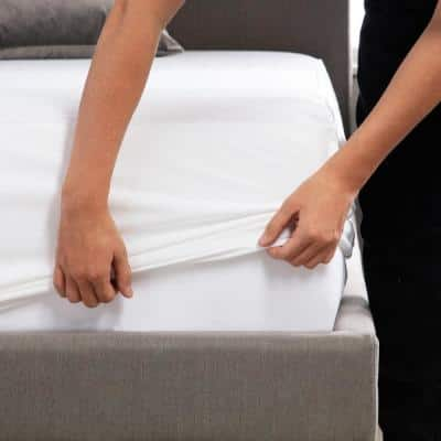 Hotel-Grade White 5-Sided Jersey Cal King Mattress Protector