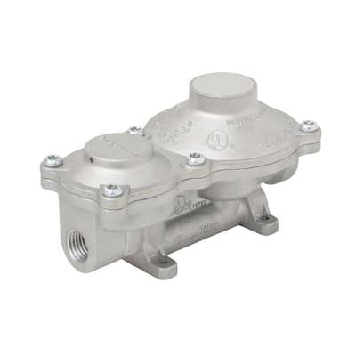 2-Stage Propane Gas RV Regulator with Rain Cover