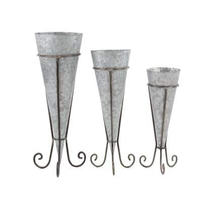 Farmhouse 22 in., 26 in and 29 in. Cone-Shaped Iron Planters with Stand (Set of 3)