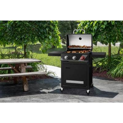 3-Burner Propane Gas Grill in Matte Black with TriVantage Multifunctional Cooking System