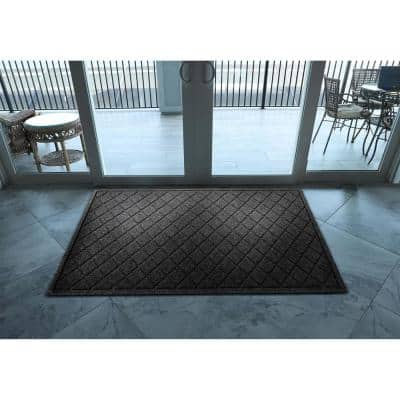Aqua Shield Argyle Charcoal 45 in. x 70 in. Recycled Polyester/Rubber Indoor Outdoor Estate Mat