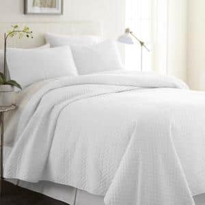 Herring White Microfiber Queen Performance Quilted Coverlet Set