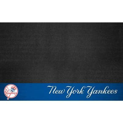 New York Yankees 26 in. x 42 in. Grill Mat