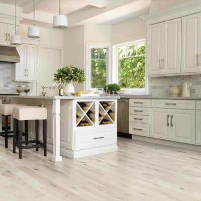 French Oak Doran 3/4 in. Thick x 5 in. Wide x Varying Length Solid Hardwood Flooring (22.60 sq. ft./case)