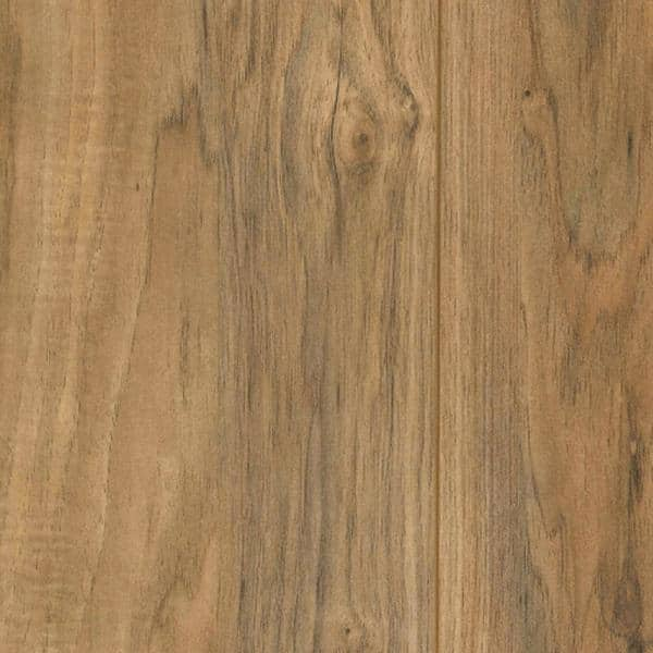 Trafficmaster Lakeshore Pecan Laminate Flooring 5 In X 7 In Take Home Sample Cl 349795 The Home Depot
