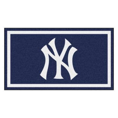 MLB - New York Yankees 3 ft. x 5 ft. Ultra Plush Area Rug