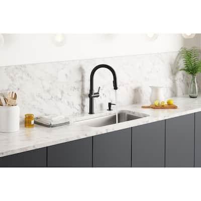 Rune Single-Handle Pull-Down Sprayer Kitchen Faucet in Matte Black