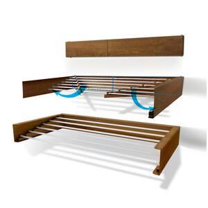40 in. Indoor/Outdoor Wood Finish Retractable Wall Mount Drying Rack