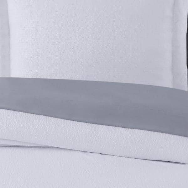 Truly Calm Antimicrobial 7 Piece White Seersucker Microfiber Queen Comforter Set Bib3730wgqn 00 The Home Depot