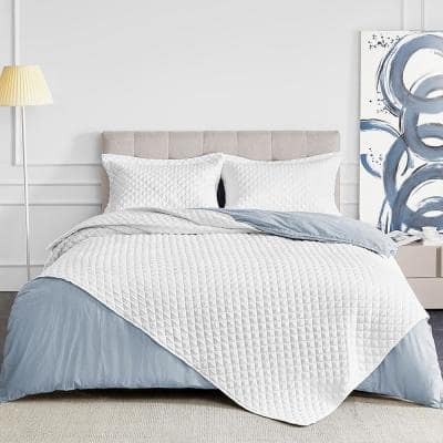 3-Piece White Quilted Microfiber King Comforter Set (1x Comforter, 2x Pillowcases)