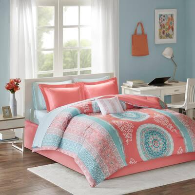 Eleni Comforter Set