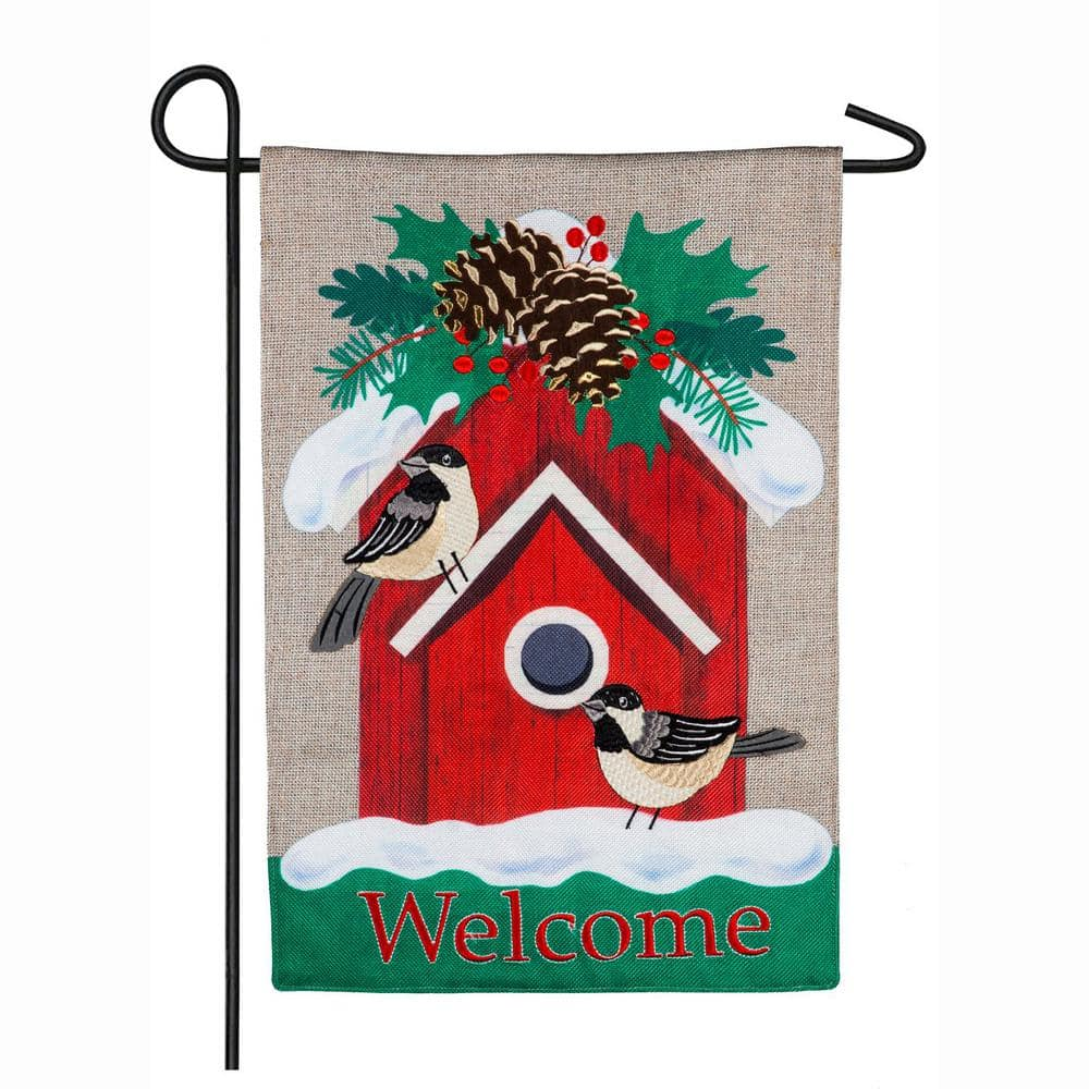 Evergreen 18 In X 12 5 In Holiday Chickadee Birdhouse Garden Burlap Flag 14b8612 The Home Depot
