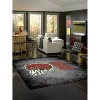 CLEVELAND BROWNS 6 ft. X 8 ft. DISTRESSED RUG