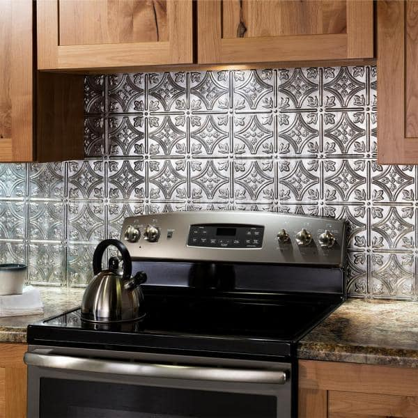 Fasade 18 25 In X 24 Crosshatch Silver Traditional Style 1 Pvc Decorative Backsplash Panel B50 21 The Home Depot