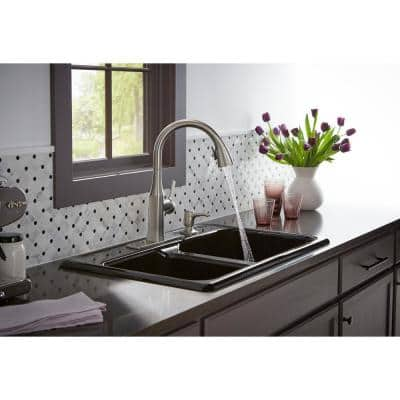 Rubicon Single-Handle Pull-Down Sprayer Kitchen Faucet in Vibrant Stainless