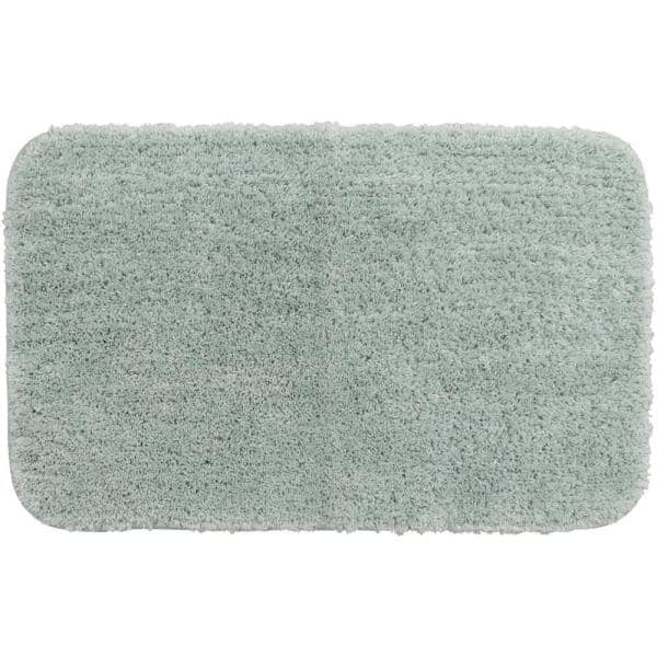 Mohawk Home Duo Green 24 In X 38 In Nylon Machine Washable Bath Mat 357626 The Home Depot
