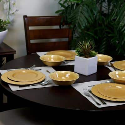 Mauna 12-Piece Contemporary Yellow Crackle Melamine Outdoor Dinnerware Set (Service for 4)
