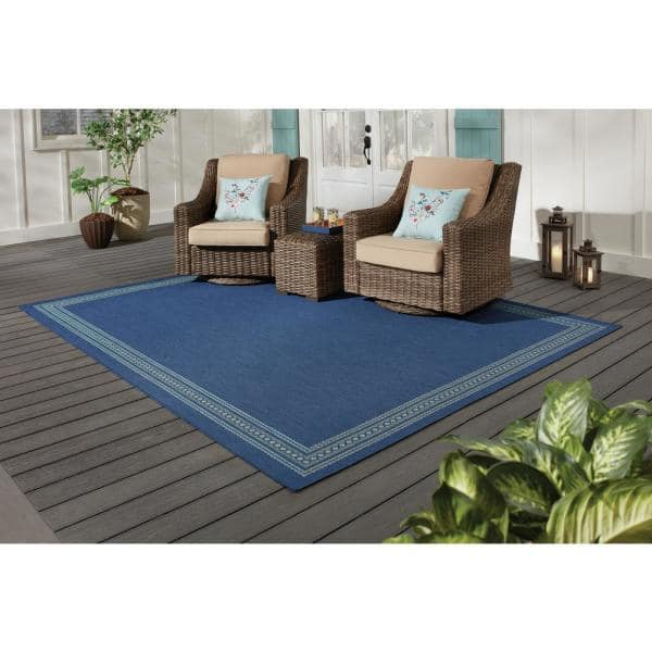 Hampton Bay Brown With Tan Border 5 Ft 3 In X 7 Ft Indoor Outdoor Area Rug 3090603 The Home Depot