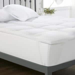 Home Collection 3 in. Plush Extra Deep Pocket Down Alternative California King Mattress Topper