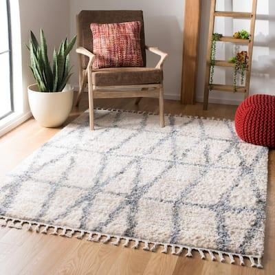 Berber Fringe Shag Cream/Gray 8 ft. x 10 ft. Gradient Geometric Area Rug