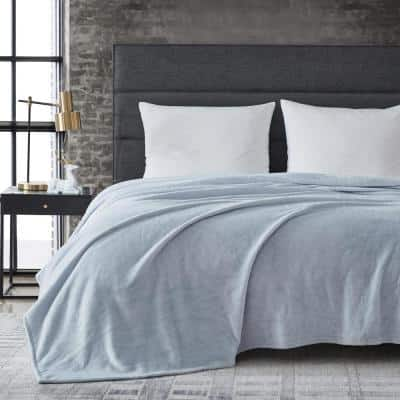 Kenneth Cole Reaction 1-Piece Blue Solid Ultra Soft Plush Microfiber King Blanket