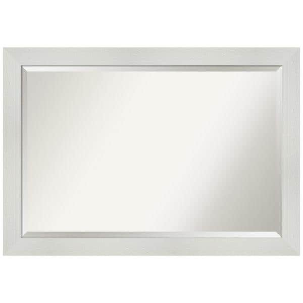 Amanti Art Medium Rectangle Glossy White Beveled Glass Modern Mirror 28 25 In H X 40 25 In W Dsw4593628 The Home Depot