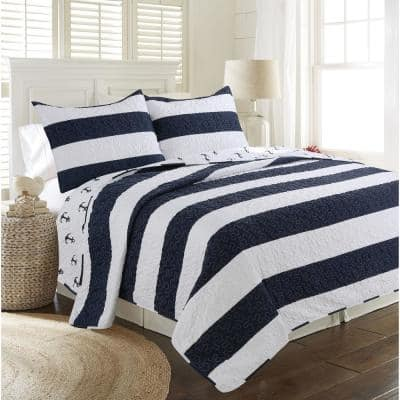 Hallie Navy Full and Queen Quilt Set