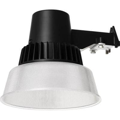 40-Watt Black Outdoor Integrated LED Area Light with Dusk to Dawn