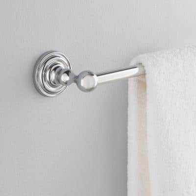 Greenwich 24 in. Towel Bar in Chrome