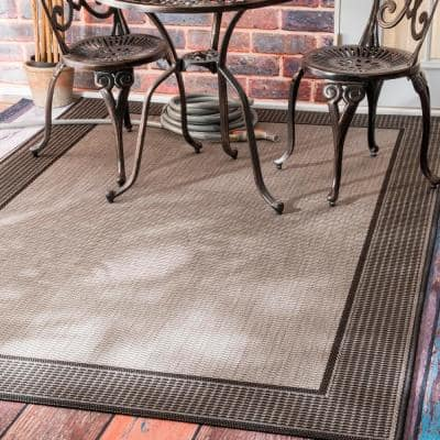Machine Made Outdoor Gris Border Gray 8 ft. x 8 ft. Square Rug