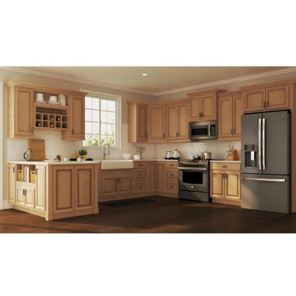 Hampton Bay Hampton Assembled 27 In X 34 5 In X 24 In Base Kitchen Cabinet With Ball Bearing Drawer Glides In Medium Oak Kb27 Mo The Home Depot