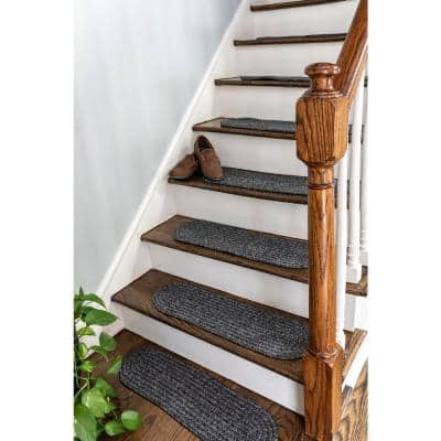 Charcoal 8 in. x 28 in. Oval Stair Treads Braided Lefebvre Indoor/Outdoor