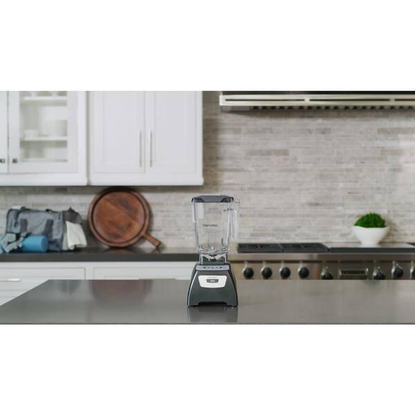 Blendtec - Classic 570 90 oz. 3-Speed, Pulse and 2-programmed buttons Black Blender