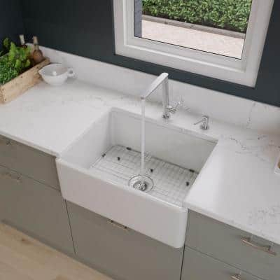 Smooth Farmhouse Apron Fireclay 26 in. Single Basin Kitchen Sink in White