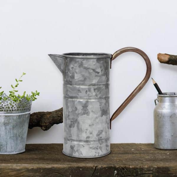 Stonebriar Collection 9 5 In X 9 5 In Antique Galvanized Metal Watering Can With Handle Sb 5914a The Home Depot