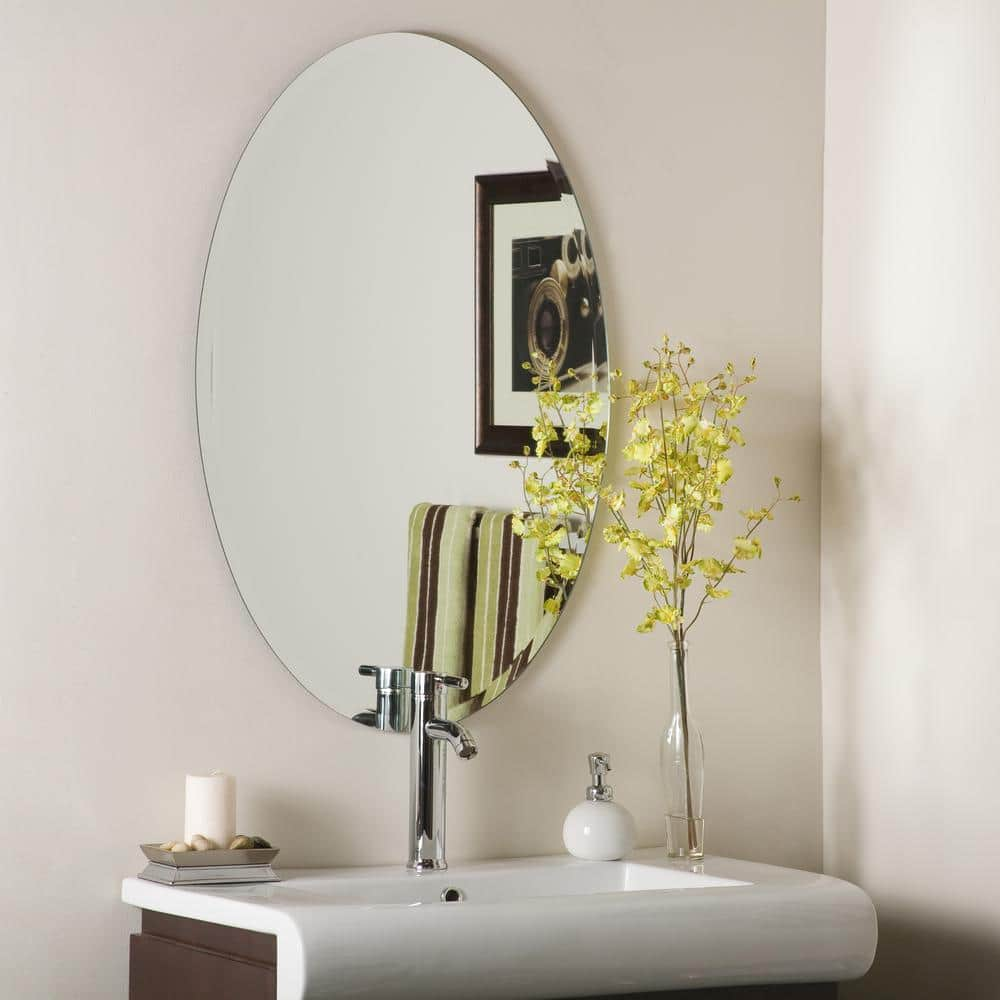 Decor Wonderland 24 In W X 36 In H Frameless Oval Beveled Edge Bathroom Vanity Mirror In Silver Dwsm2436 The Home Depot