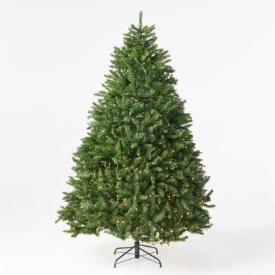 7.5 ft. Pre-Lit LED Norway Spruce Artificial Christmas Tree with 750 Clear Lights