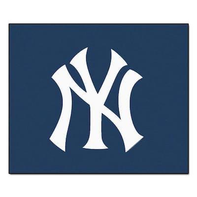 New York Yankees 5 ft. x 6 ft. Tailgater Rug