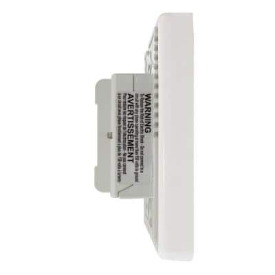 Digital Non-Programmable Thermostat with Built-in GFCI