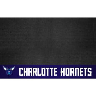 Charlotte Bobcats 26 in. x 42 in. Grill Mat